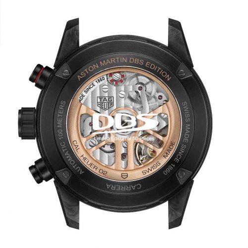 Im Inneren der Aston Martin DBS Superleggera TAG-Heuer-Edition arbeitet das automatische Chronographenwerk Heuer 02.
