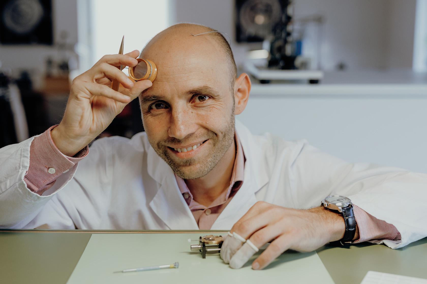 Stefan Kudoke an seinem Arbeitsplatz