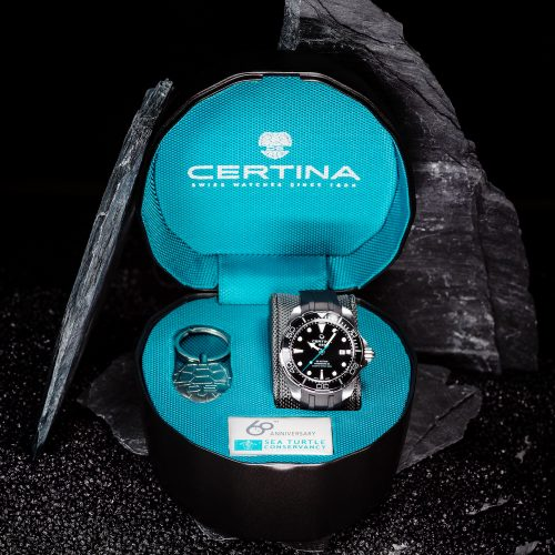 Die DS Action Diver von Certina wir in einer speziellen Verpackung angeboten.