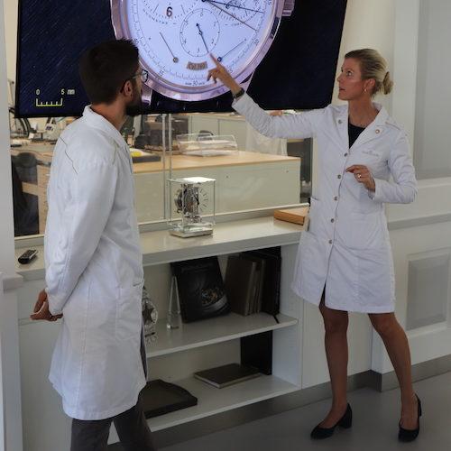 Die Duomètre von Jaeger-LeCoultre am Großbildschirm im Atelier.