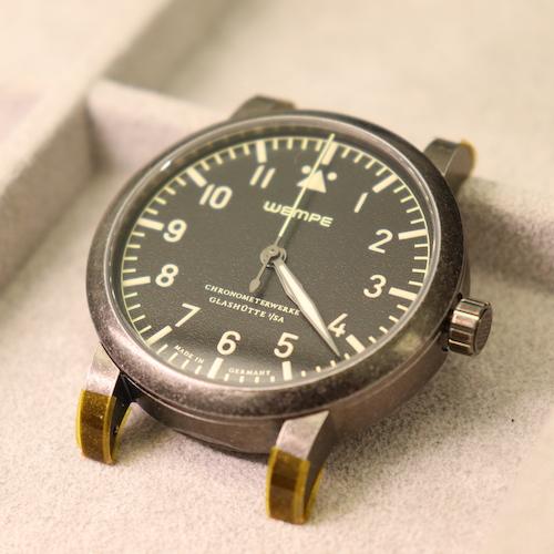 Die Chronometerwerke Fliegerautomatik kurz vor der Chronometer-Prüfung.