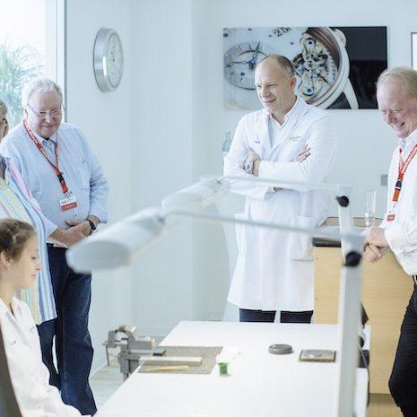 CEO Roland von Keith trifft die Gruppe in der Finissage.