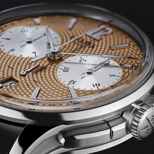 Die Drücker des Czapek-Chronographen sind in den Kronenschutz integriert.