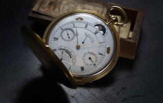 Die Breguet-Taschenuhr No. 4691 aus dem Jahr 1831 mit guillochiertem Zifferblatt.
