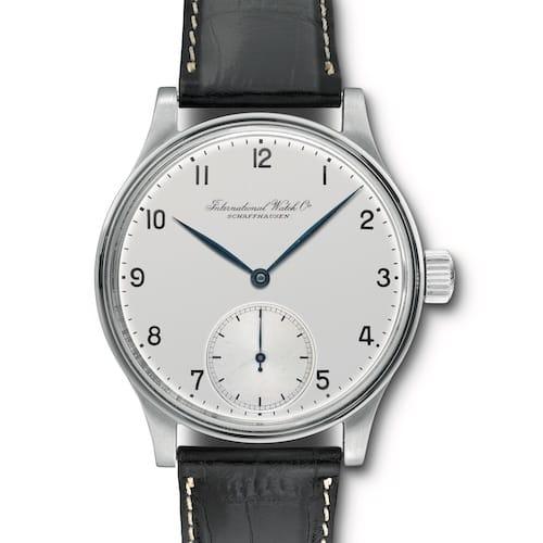 Die historische Armbanduhr aus dem Jahr 1939 besaß ein Taschenuhrwerk.