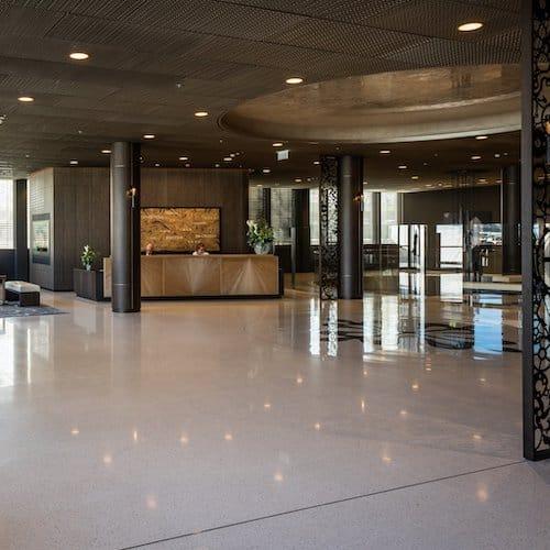 Der Eingangsbereich der Patek-Philippe-Manufaktur.